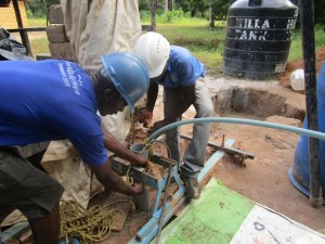 The Water Project : 23-sierraleone5093-drilling