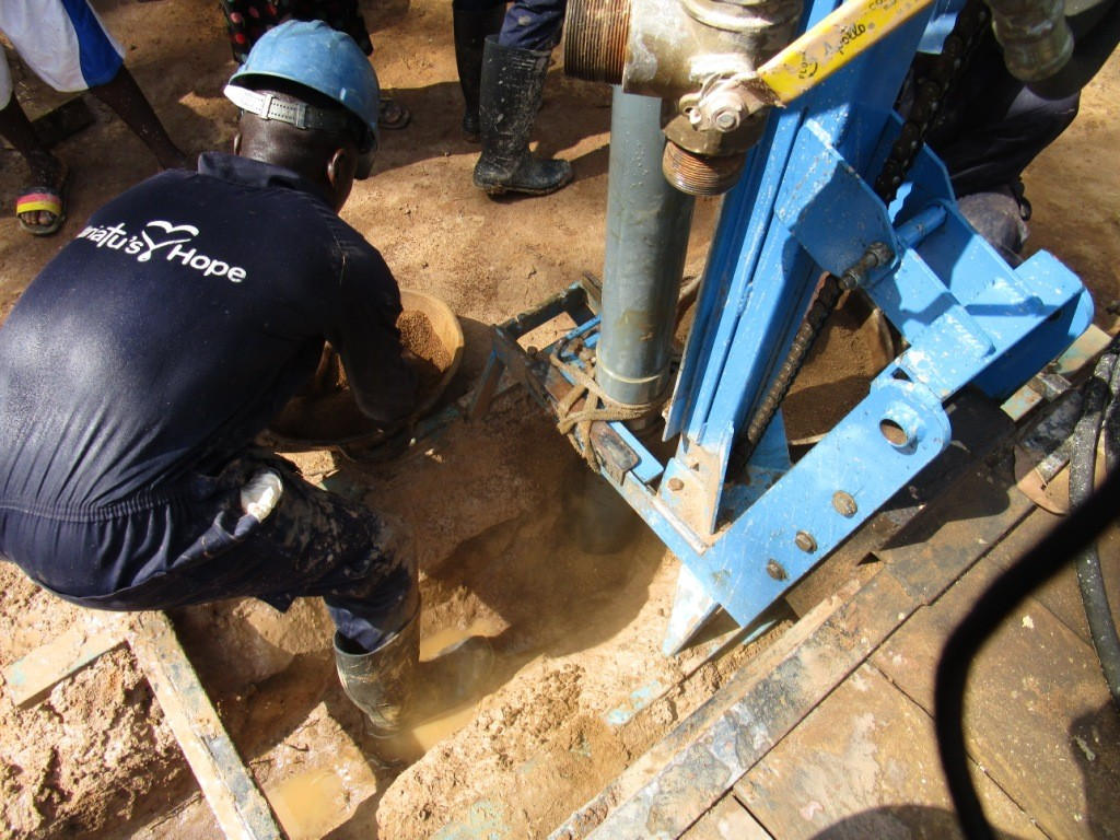 30 sierraleone5093 drilling