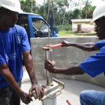 The Water Project : 35-sierraleone5094-pump-installation