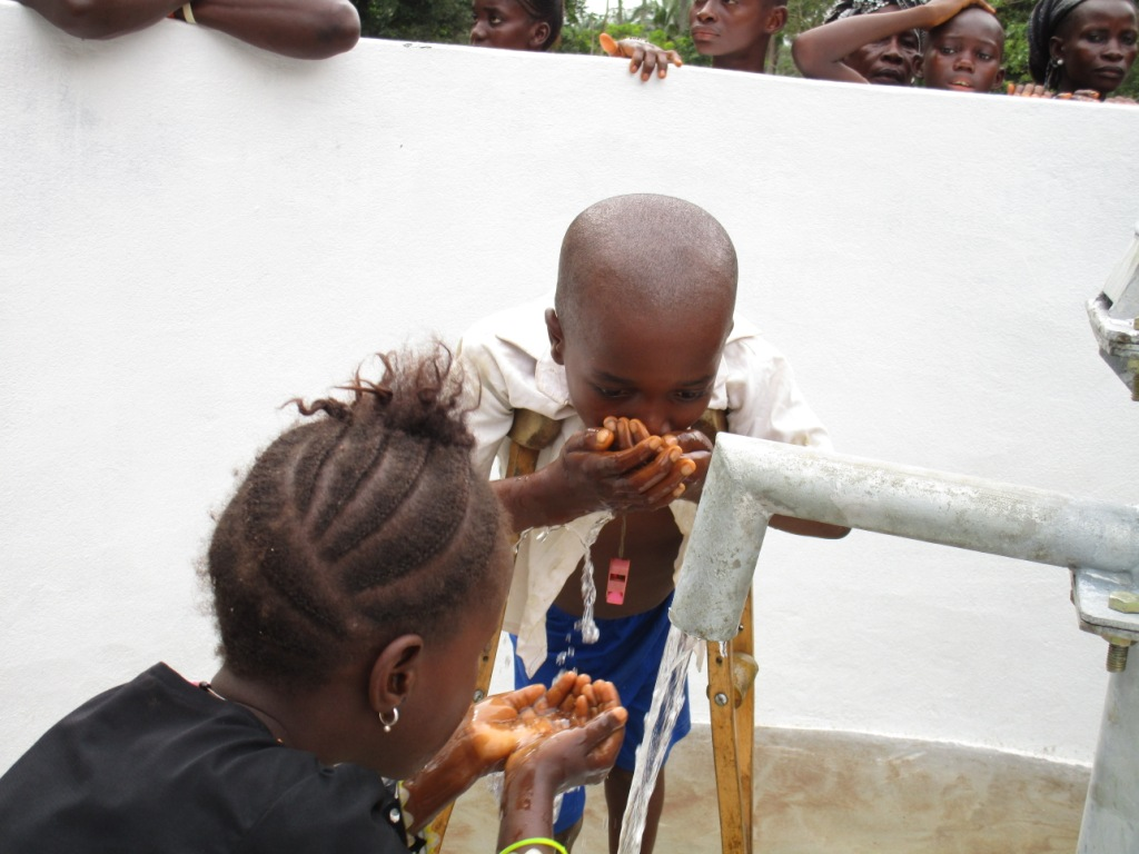 The Water Project : 52-sierraleone5092-dedication