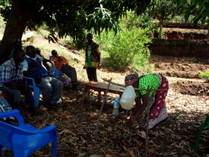 The Water Project : 6-kenya4470-training