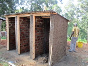 The Water Project : 7-kenya4622-construction