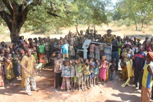 The Water Project : 10-burkinafaso9091-repaired-borehole