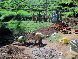 The Water Project : 10-kenya4591-construction