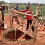 The Water Project : 11-uganda6070-construction