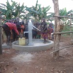 The Water Project : 18-uganda6070-water-flowing