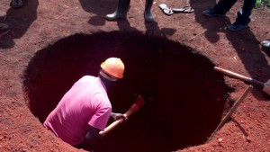 The Water Project : 2-uganda6075-excavation
