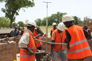 The Water Project : 4-burkinafaso9085-repair