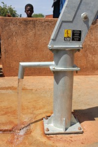 The Water Project : 4-burkinafaso9094-repaired-borehole