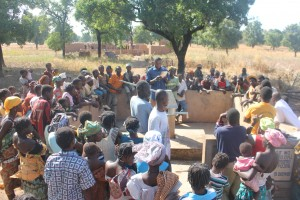 The Water Project : 5-burkinafaso9090-community-gathering
