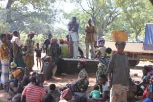 The Water Project : 5-burkinafaso9091-community-gathering