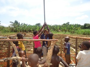 The Water Project : 5-uganda6069-construction