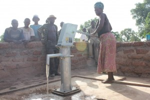 The Water Project : 6-burkinafaso9086-clean-water