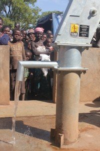 The Water Project : 6-burkinafaso9090-repaired-borehole