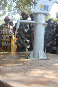 The Water Project : 7-burkinafaso9091-repaired-borehole
