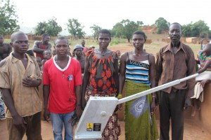 The Water Project : 8-burkinafaso9084-water-committee