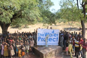 The Water Project : 8-burkinafaso9091-repaired-borehole