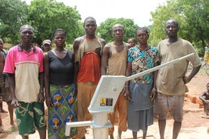 The Water Project : 9-burkinafaso9082-water-committee