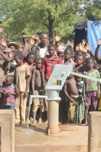 The Water Project : 9-burkinafaso9090-repaired-borehole