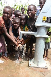The Water Project : 9-burkinafaso9093-repaired-borehole