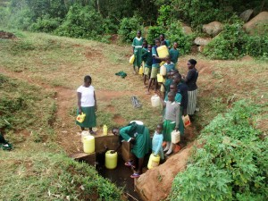 The Water Project : 11-kenya4666-line-to-fetch-water