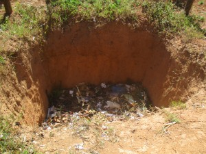 The Water Project : 16-kenya4641-compost-pit