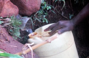 The Water Project : 2-kenya4702-bondeni-spring-2