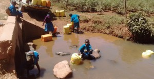 The Water Project : 4-kenya4637-nearby-spring