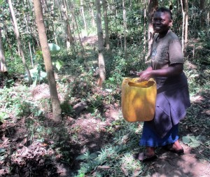 The Water Project : 5-kenya4593-fetching-water