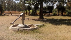 The Water Project : 5-kenya4680-broken-well