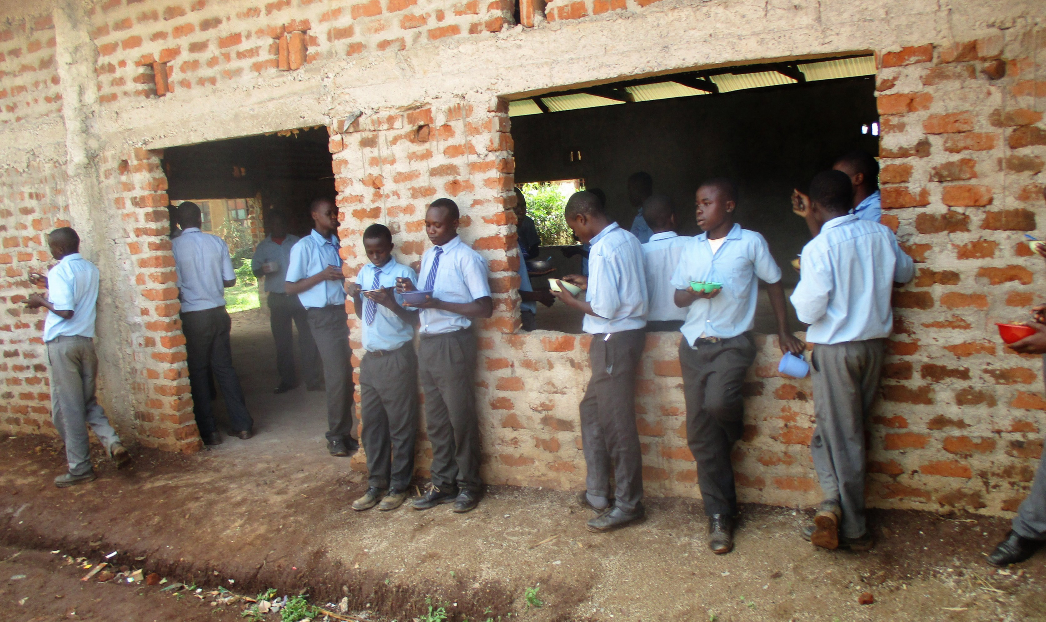 The Water Project : 6-kenya4667-students-enjoy-lunch