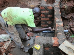 The Water Project : 13-kenya4592-construction