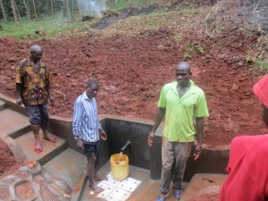 The Water Project : 16-kenya4592-construction