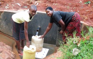 The Water Project : 18-kenya4592-protected-spring