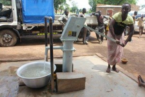 The Water Project : 3-burkinafaso9058-repaired-well