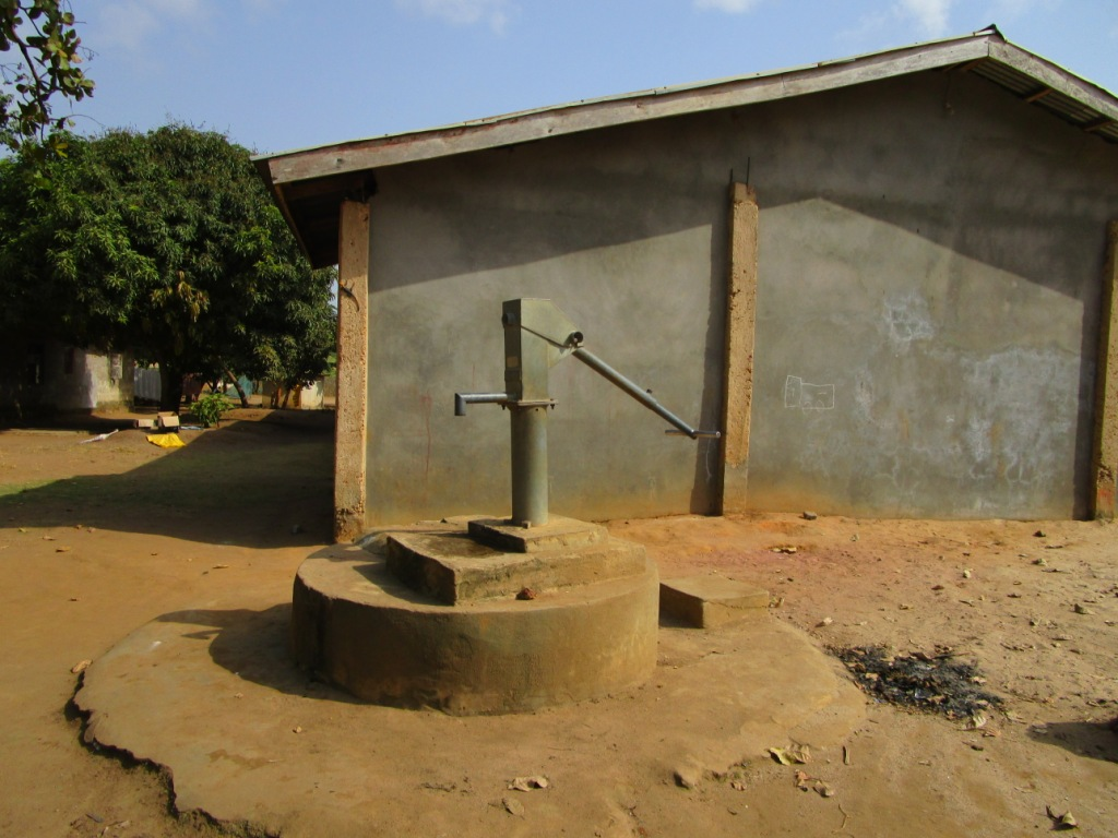The Water Project : 3-sierraleone5108-dry-well
