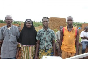 The Water Project : 5-burkinafaso9097-water-committee-2