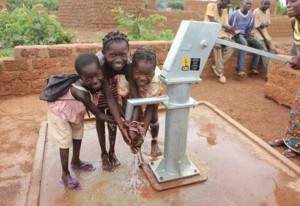 The Water Project : 6-burkinafaso9097-clean-water