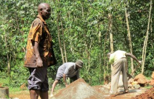 The Water Project : 9-kenya4592-construction