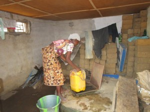 The Water Project : 10-sierraleone5110-alternative-water-source