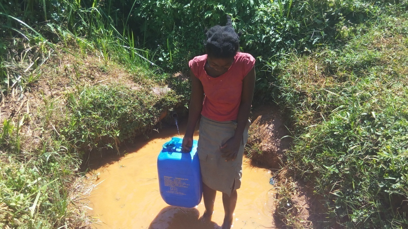 The Water Project : 2-kenya4711-fetching-water