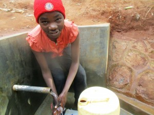 The Water Project : 22-kenya4702-protected-spring