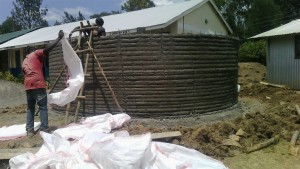 The Water Project : 26-kenya4637-tank-construction