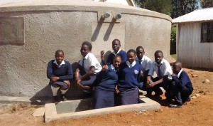 The Water Project : 38-kenya4637-finished-tank