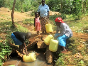 The Water Project : 5-kenya4706-fetching-water
