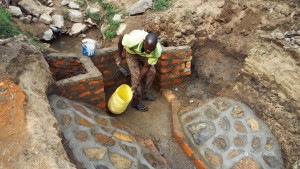 The Water Project : 8-kenya4696-construction