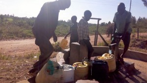 The Water Project:  Community Using The Nearby Well