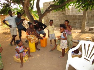 The Water Project : 11-sierraleone5116-daily-activities