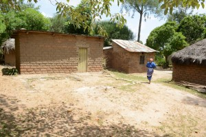 The Water Project : 13-kenya4782-family-one-household