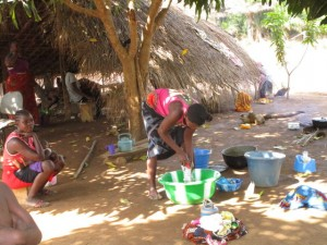 The Water Project : 13-sierraleone5121-community-activity